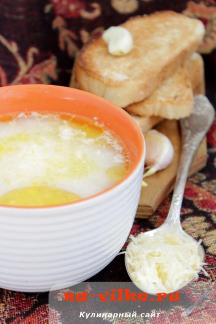 Рисовый куриный суп с сыром