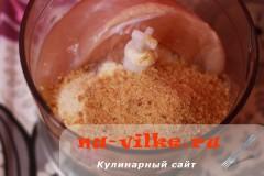 kurinie-kotlety-s-mankoy-03
