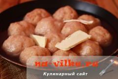 kurinie-kotlety-s-mankoy-06