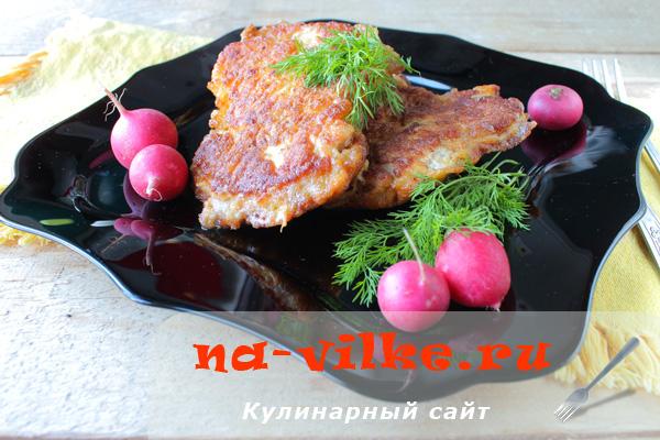 Как приготовить куриные отбивные в яйце и сухарях