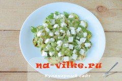 salat-s-kabachkami-fetoy-08