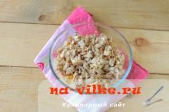 salat-s-kuricey-gribami-5