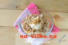 salat-s-kuricey-gribami-6