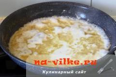 skumbrija-so-smetanoy-03