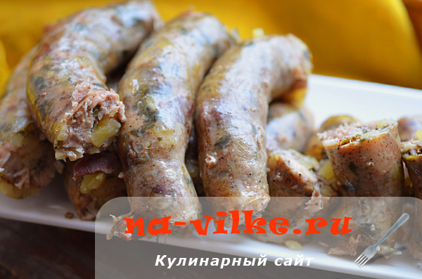 Куриная колбаса с картошкой в пароварке