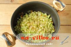 pirozhki-s-kabachkami-04