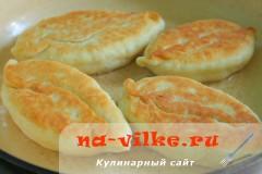 pirozhki-s-kabachkami-16