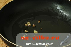 salat-iz-ovoshey-i-kalmarov-03