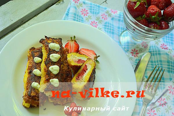 Готовим вкусные трубочки из хлеба с творожно-клубничной начинкой