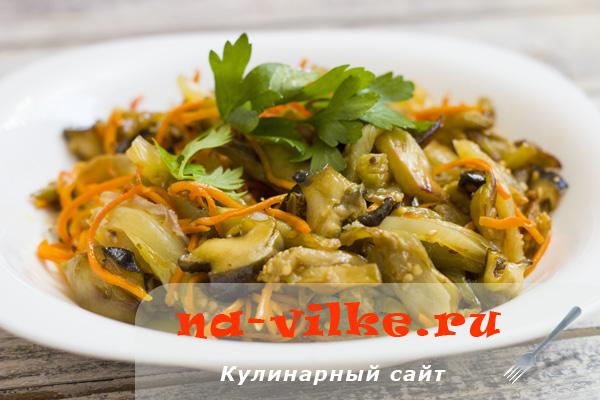 Теплый салат из овощей с рапанами