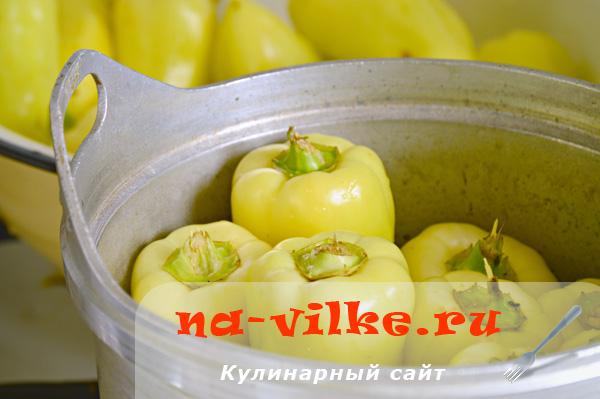 Перед заморозкой болгарский перец бланшируют.