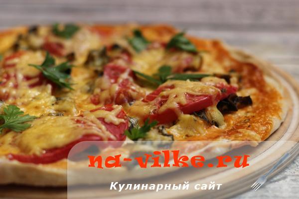 Пицца с рапанами