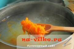 manniy-sup-s-kleckami-05