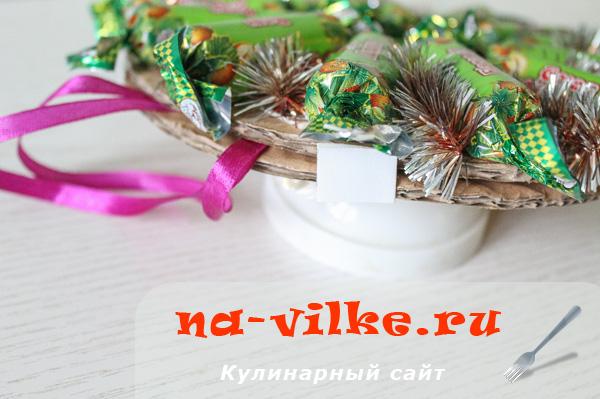 venok-iz-konfet-09
