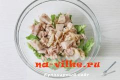 salat-kurica-persiki-3
