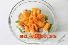 salat-kurica-persiki-4