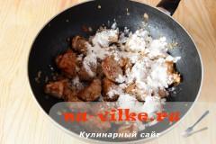 svinoy-gulyash-tomat-3