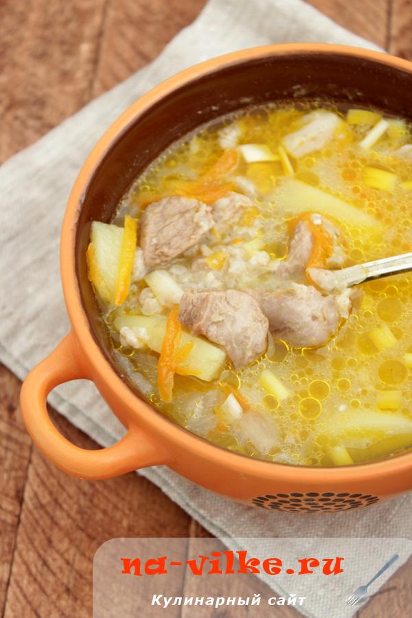 Суп с маленькими гречневыми клецками