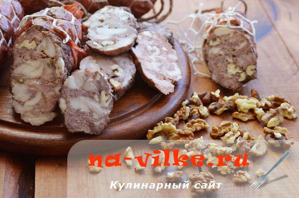 kak-hranit-kolbasu-2