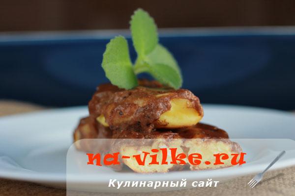 Нежные сырники в духовке с шоколадно-сметанным соусом
