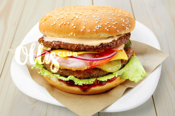 burger_slavny_2_900x600_club