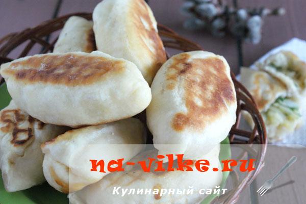 Жареные пирожки с картошкой без дрожжей и яиц