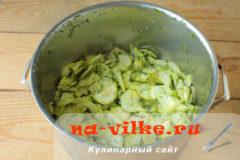 salat-iz-kabachkov-07