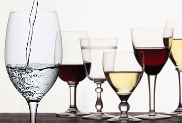 kak-pravilno-pit-vino-10