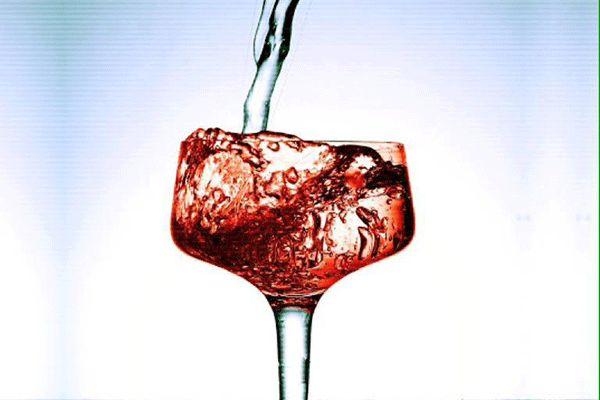 kak-pravilno-pit-vino-9