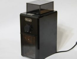 Кофемолка DeLonghi KG 79