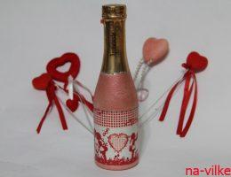 Декупаж бутылки шампанского ко дню Святого Валентина
