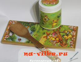 Декупаж деревянной кухонной лопатки