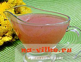 Как приготовить нежный соус из яблок к блинам и оладьям