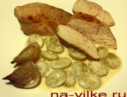 Куриные грудки в винном соусе