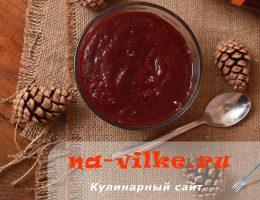 Яблочно-ягодное пюре домашнего приготовления