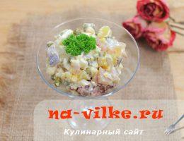 Готовим салат из скумбрии с картошкой и яйцом