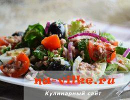 Салат из консервированного тунца и шпината