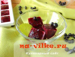 Как заморозить перетёртую с сахаром чёрную смородину