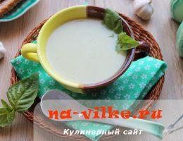 Вкусный диетический суп-пюре из кабачков со сливками