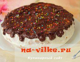Нежный бисквитный торт со сметанным кремом в домашних условиях